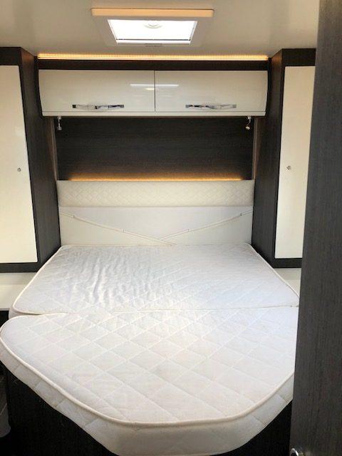 696 bed haggis motorhomes